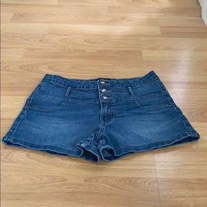 Refuge Jean Shorts Size 10